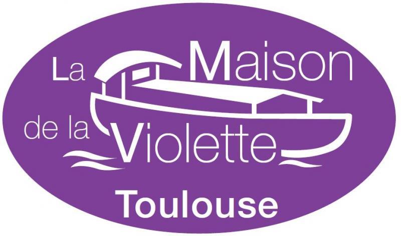 Accueil quatre etoiles for Maison violette